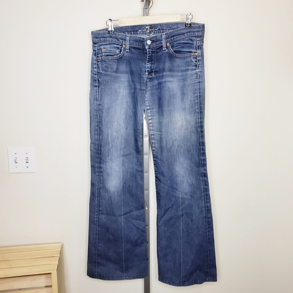 7 For All Mankind Denim - 7FAM Dojo Flare Jeans Medium Wash